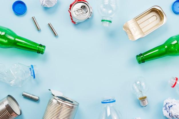 Müll nach verschiedenen typen für das recycling sortiert Kostenlose Fotos