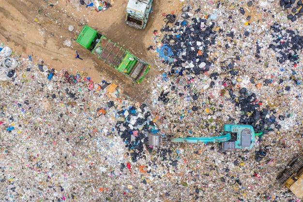 Müll oder abfall berg oder mülldeponie Premium Fotos