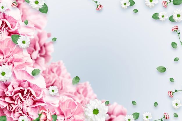 Muster von rosa und beige rosen und von grünblättern auf einem weißen hintergrund Premium Fotos