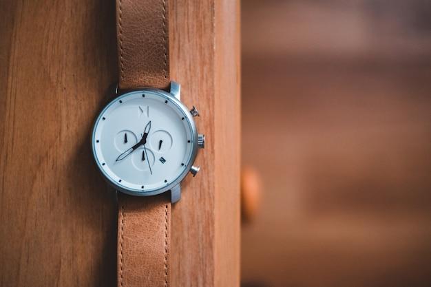 Nahaufnahme der armbanduhr Kostenlose Fotos