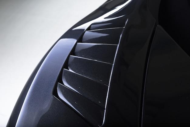 Nahaufnahme der außendetails eines modernen schwarzen autos Kostenlose Fotos