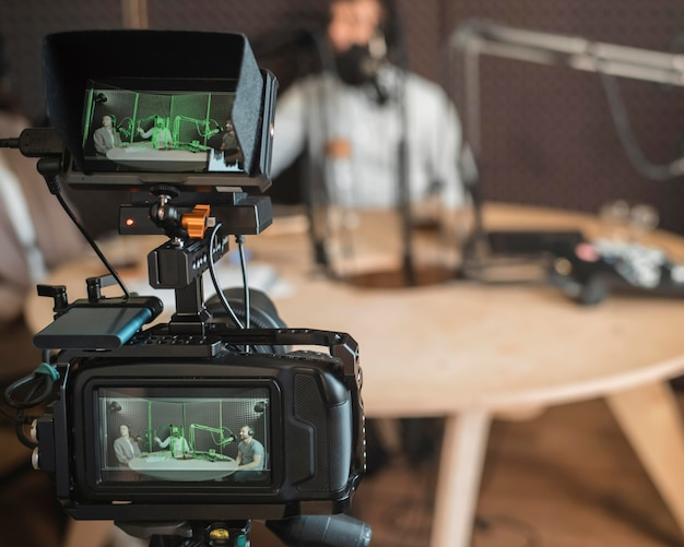 Nahaufnahme-funkkonzept mit kamera Kostenlose Fotos