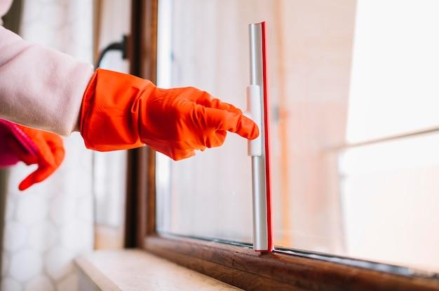 Nahaufnahme handreinigungsfenster Kostenlose Fotos