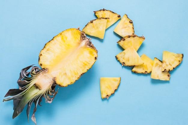 Nahaufnahme köstliche ananas bereit, serviert zu werden Kostenlose Fotos