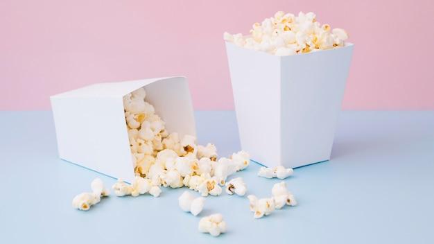 Nahaufnahme köstliche popcornboxen Kostenlose Fotos