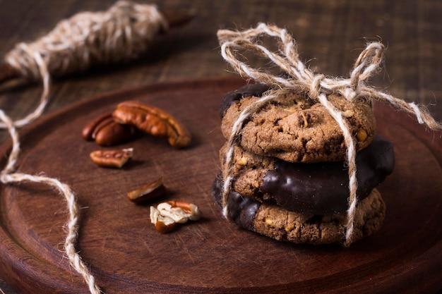 Nahaufnahme schokoladenkekse bereit, serviert zu werden Kostenlose Fotos