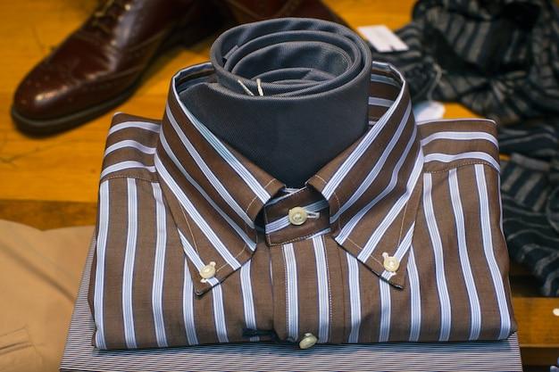 Nahaufnahme von männlichen t-shirt Premium Fotos