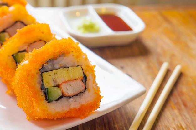 Nahaufnahme von maki sushi Kostenlose Fotos
