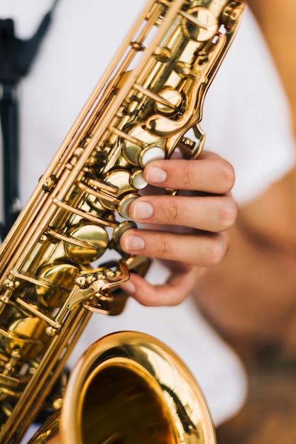 Nahaufnahme von saxophon-tasten Kostenlose Fotos