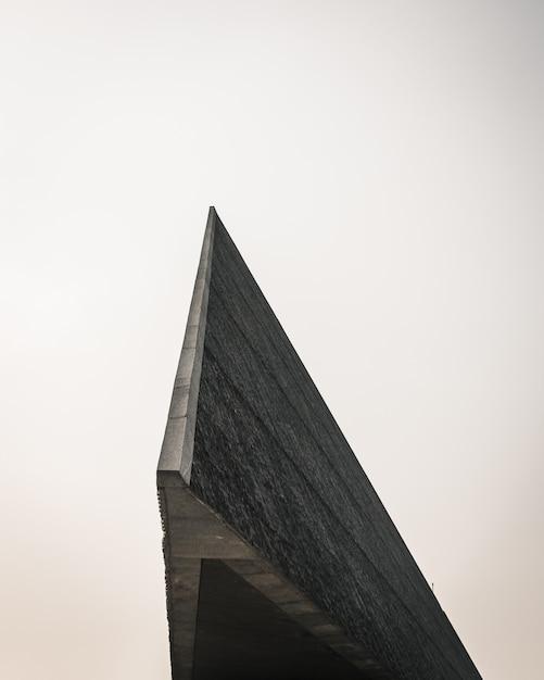 Nahaufnahmeaufnahme des randes einer modernen architektur Kostenlose Fotos