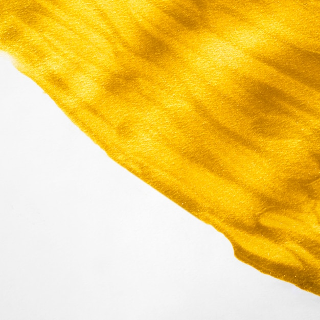 Nahaufnahmepinsel aus goldfarbe Kostenlose Fotos