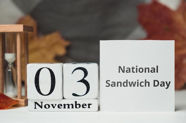 Nationaler sandwich-tag des herbstmonatskalenders november. Premium Fotos