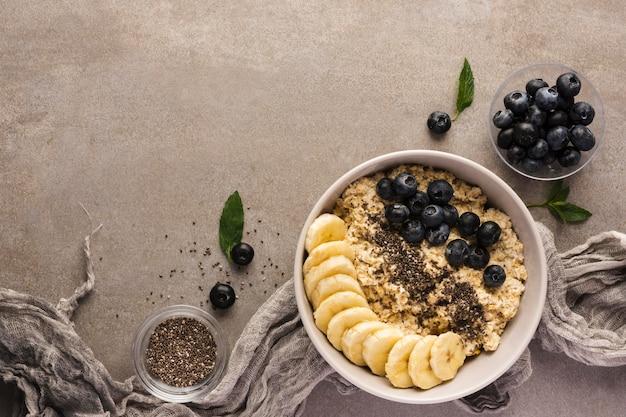 Natürlicher fotostil der natürlichen gesunden desserts Premium Fotos