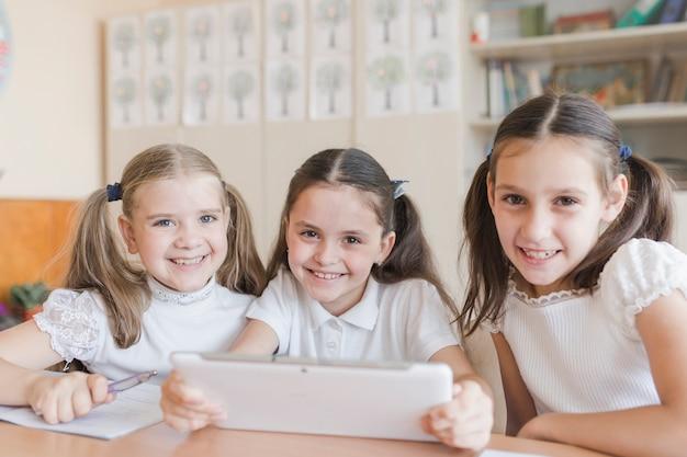 Kindergarten und schulen