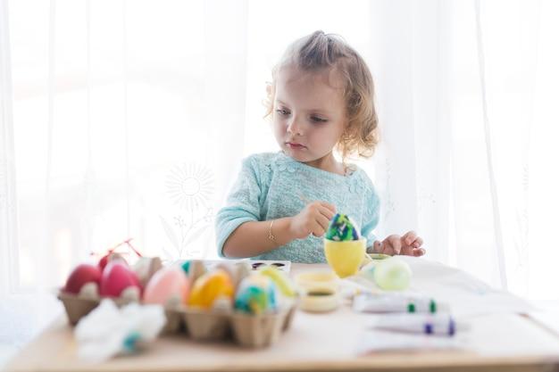 Mädchen Eier