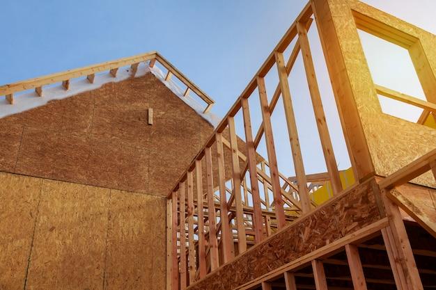 Neubau wohnhaus innenansicht Premium Fotos