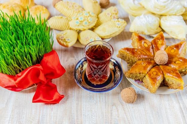 Novruz. aserbaidschanische traditionen. neujahr. selektiver fokus Premium Fotos