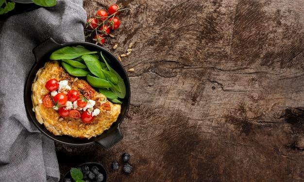 Omelett mit käse und tomaten kopieren platz Kostenlose Fotos