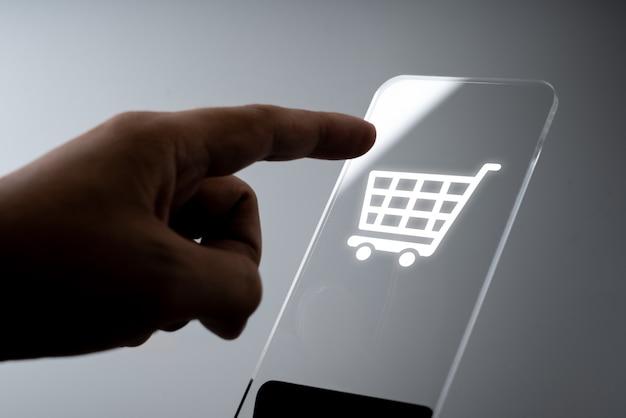 Online-shopping business-symbol-anwendung auf dem smartphone Premium Fotos