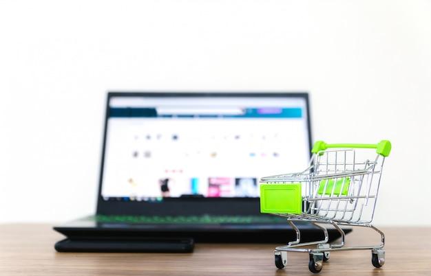 Online-shopping-verkauf von e-commerce-komfort Premium Fotos