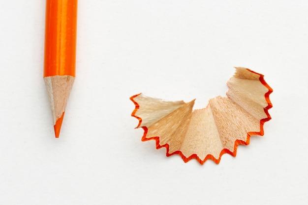 Orangefarbener bleistift der nahaufnahme Kostenlose Fotos
