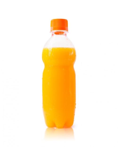 Orangensaftflasche lokalisiert auf weißem hintergrund. Premium Fotos