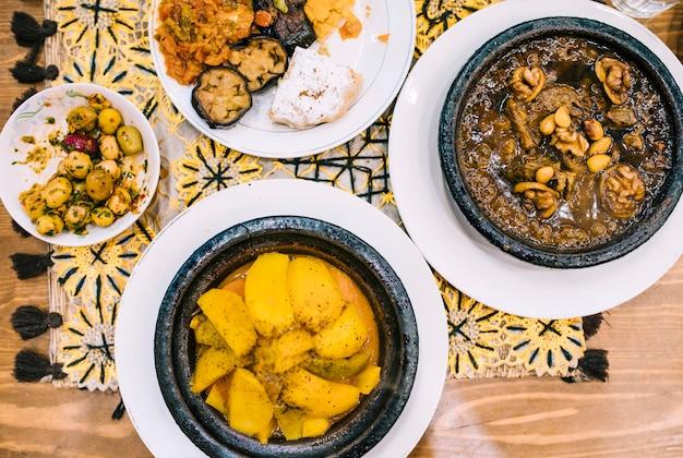 Orientalisches essen lag flach Kostenlose Fotos