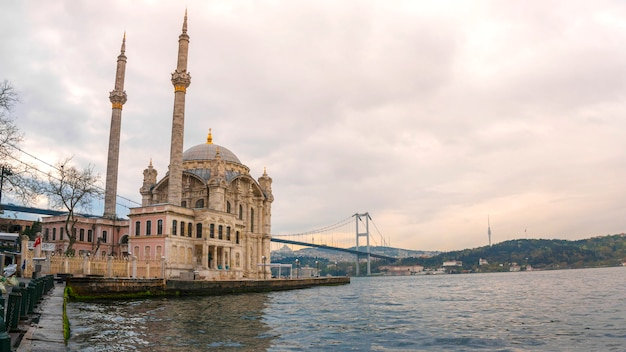 Ortakoy moschee istanbul, die türkei Premium Fotos