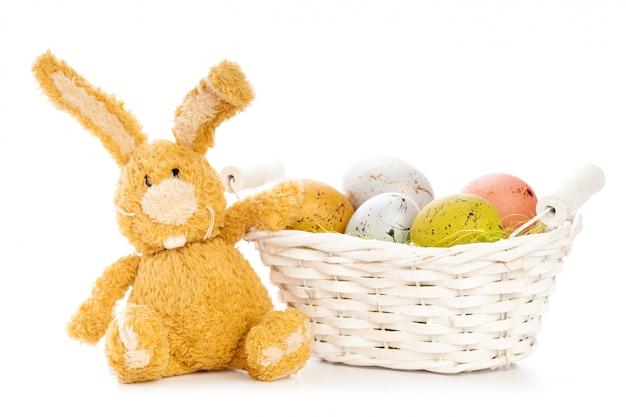 Ostern hintergrund. isoliert auf weiß Premium Fotos