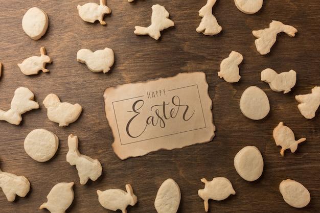 Ostern lebkuchen. eier und kaninchen. ansicht von oben Premium Fotos