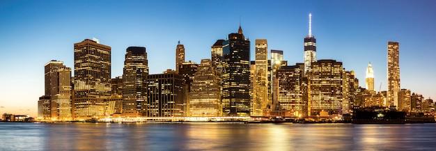 Panorama von new- york citymanhattan-skylinen Premium Fotos
