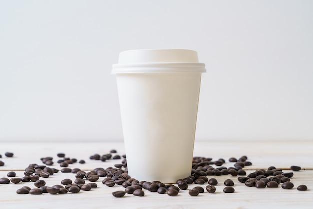 Pappbecher kaffee zum mitnehmen Premium Fotos