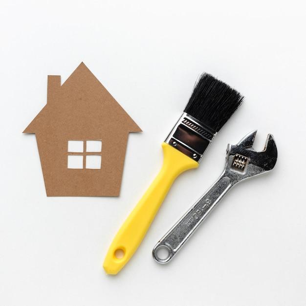 Papphaus und -hilfsmittel mit exemplarplatz Kostenlose Fotos