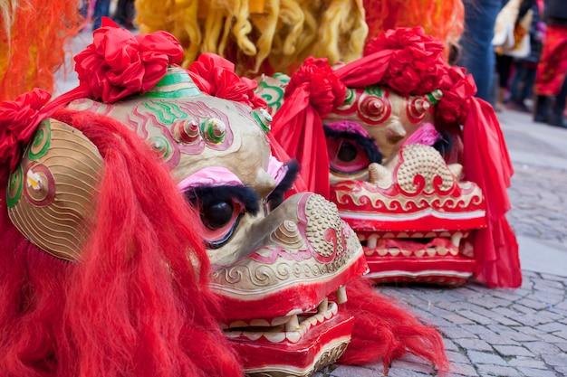 Parade des chinesischen neujahrsfests in mailand Premium Fotos