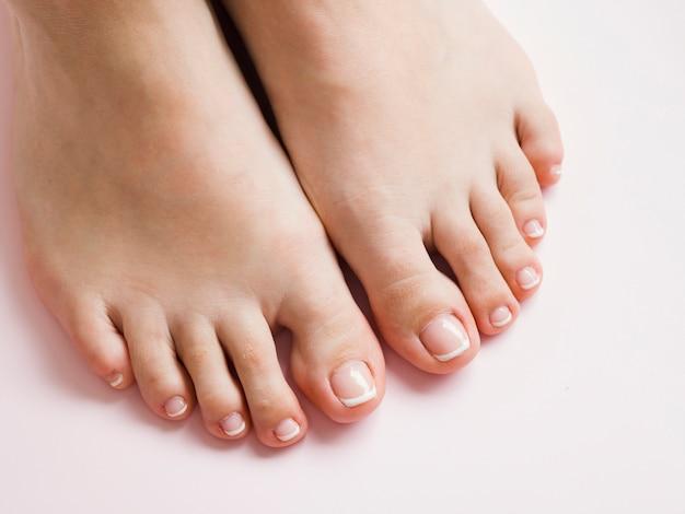 Pedicured füße der draufsicht Premium Fotos