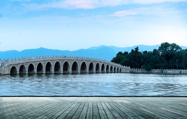 Peking-siebzehn-loch-brücke Premium Fotos