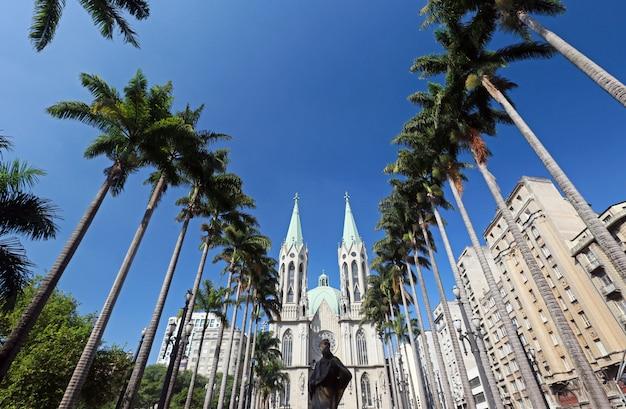 Perspektivische ansicht der kathedrale von sao paulo Premium Fotos
