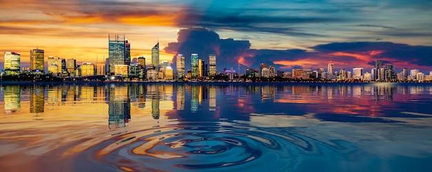 Perth stadtbild und spiegelbild im fluss Premium Fotos