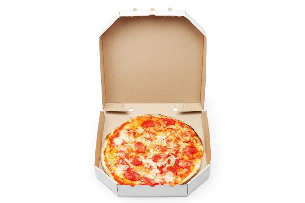 Pizza im kasten getrennt Premium Fotos