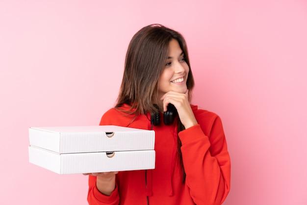 Pizza lieferung mädchen Premium Fotos