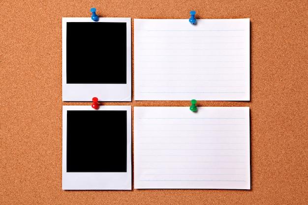 Polaroid fotoabzüge und weiß nachrichtenkarten Kostenlose Fotos