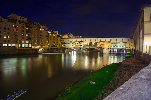 Ponte vecchio, florenz Premium Fotos