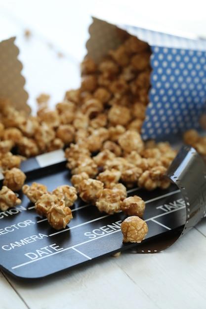 Popcorn und zwischenablage und schindel Kostenlose Fotos