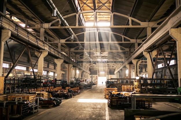 Produktionsstätte. ausrüstung für die produktion Premium Fotos