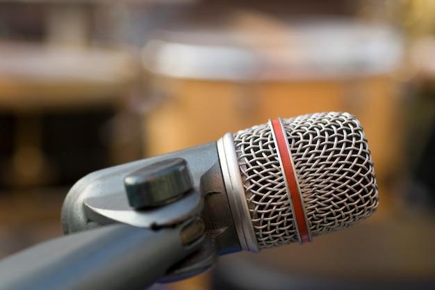 Professionelles aufnahmemikrofon Premium Fotos