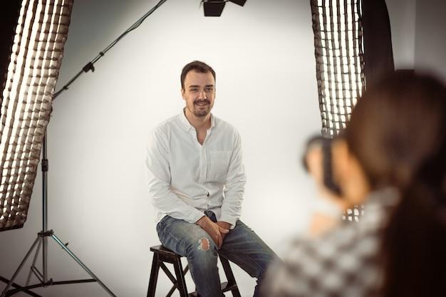 Professionelles fotoshooting im studio Premium Fotos