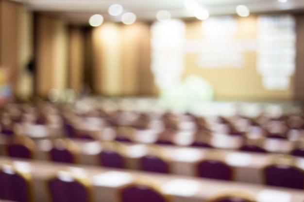 Publikum im konferenzsaal. wirtschaft und unternehmertum. kopieren sie platz auf whiteboard. Premium Fotos