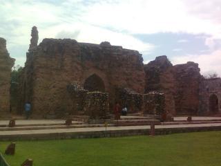 Qutb minar gebäuden Kostenlose Fotos