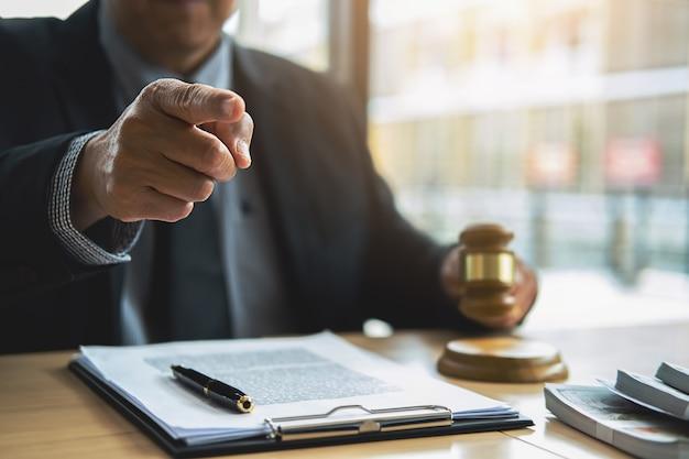 Rechtsbegriffe und juristische dienstleistungen Premium Fotos