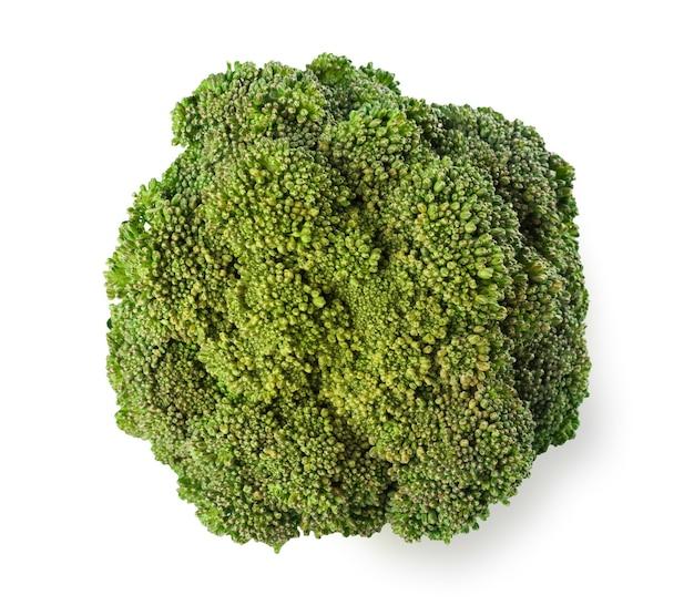 Reifer brokkolibaum mit grünen blättern isoliert. nahaufnahme von frischem bio-gemüselebensmittel, diätkonzept Premium Fotos